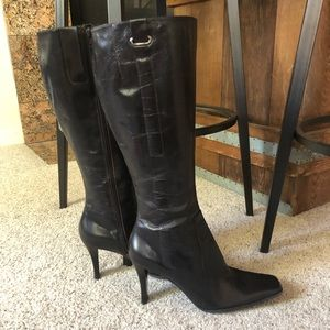 Nine West Deep brown zip up boots size 9M